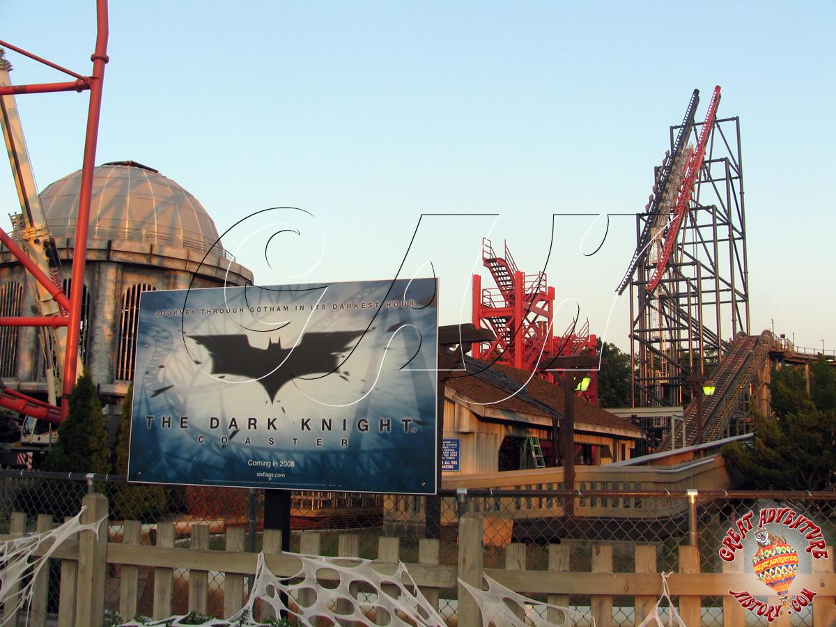 Dark Knight Coaster at Six Flags - 981.4KB